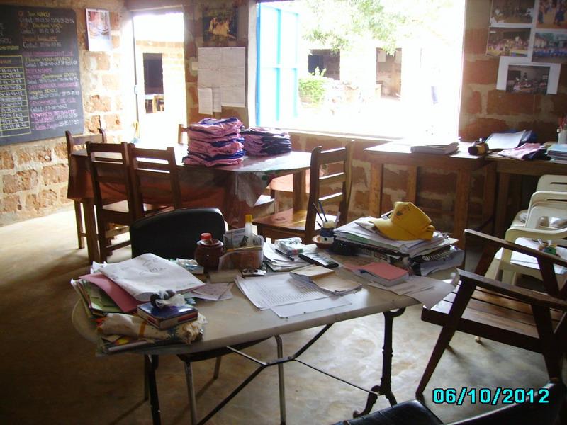 Les préparatifs des fournitures et uniformes